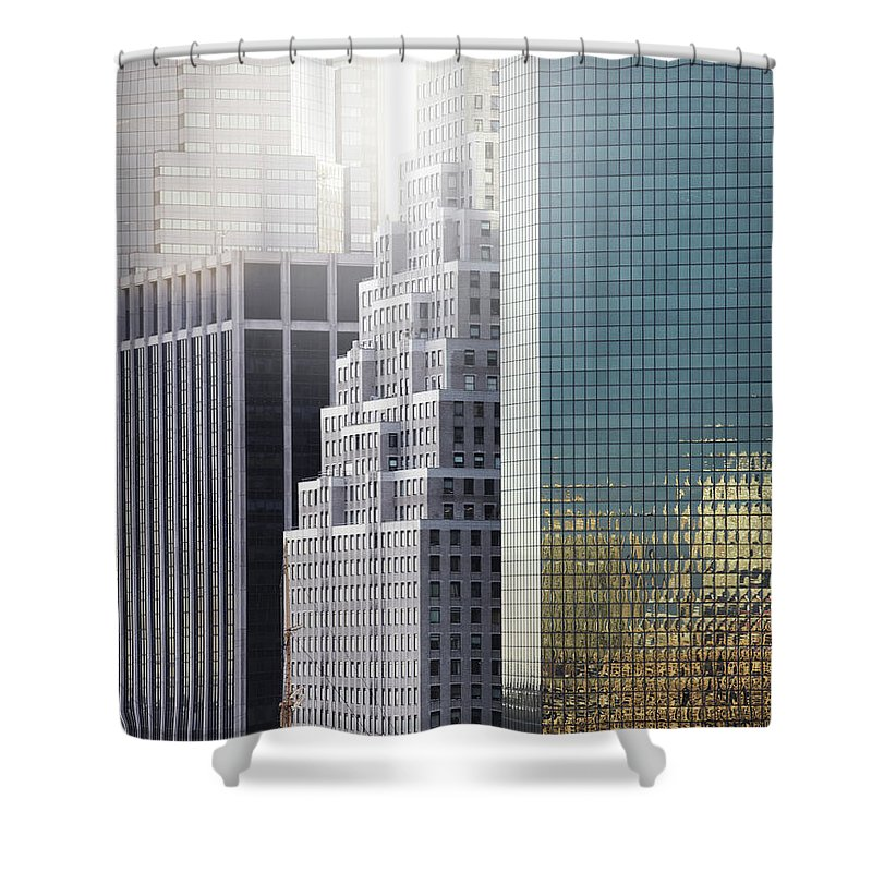 Tranquility Shower Curtain featuring the photograph New York by Henrik Sorensen
