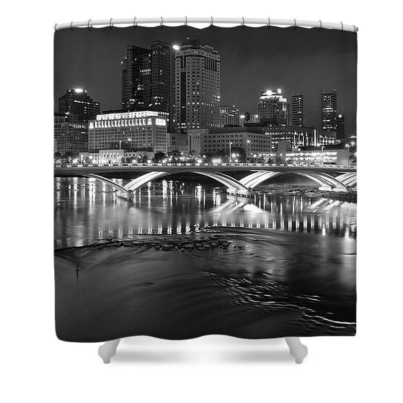 Columbus Shower Curtain featuring the photograph A Columbus Night by Frozen in Time Fine Art Photography