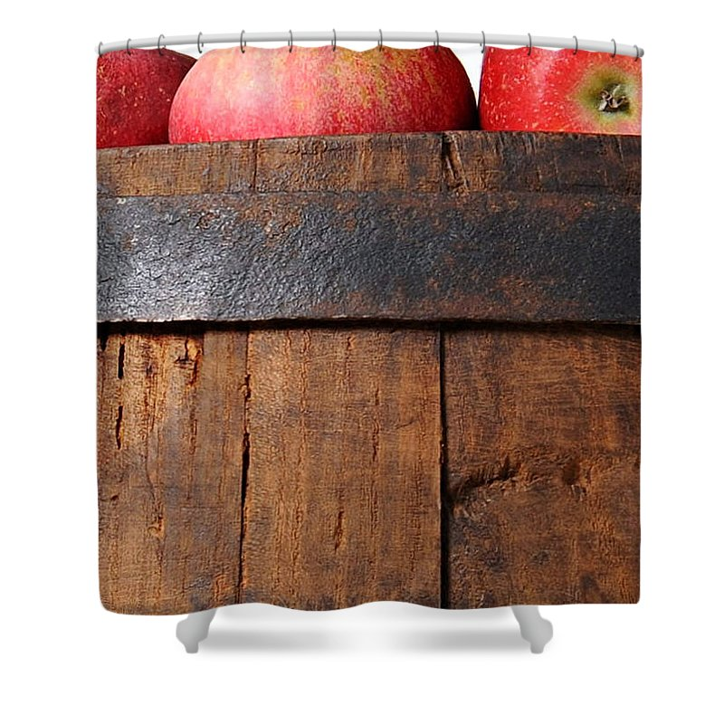 Apple Shower Curtain featuring the photograph Apples by Munir Alawi