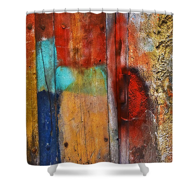 Arpeggio Shower Curtain featuring the photograph Arpeggio by Skip Hunt
