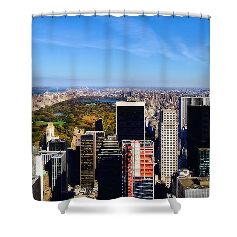 Autumn In New York City Shower Curtain featuring the photograph Autumn In New York City by Dan Sproul