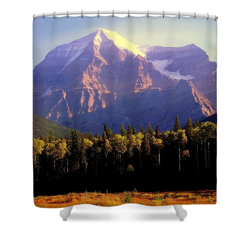 Landscapes Shower Curtain featuring the photograph Autumn On The Mount by Karen Wiles