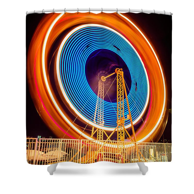 America Shower Curtain featuring the photograph Balboa Fun Zone Ferris Wheel At Night Picture by Paul Velgos