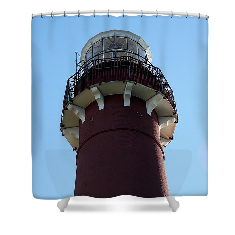 Barnegat Lighthouse Shower Curtain featuring the photograph Barnegat Light - Lighthouse Top by Christiane Schulze Art And Photography