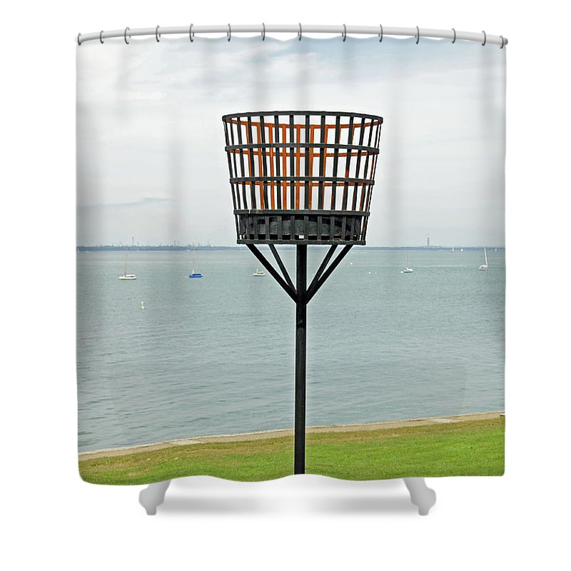 Yarmouth Shower Curtain featuring the photograph Beacon On Yarmouth Common by Rod Johnson