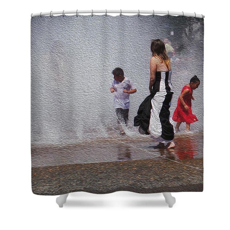 Portland Shower Curtain featuring the photograph Beating The Heat by David Bearden