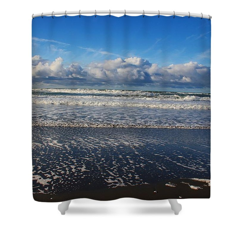 Ocean Shower Curtain featuring the photograph Beckoning Sea by Leigh Meredith