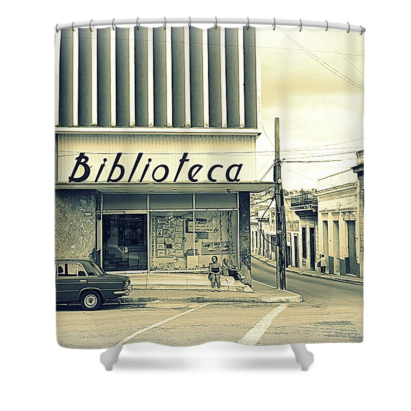 Vintage Shower Curtain featuring the photograph Biblioteca Cubana by Valentino Visentini