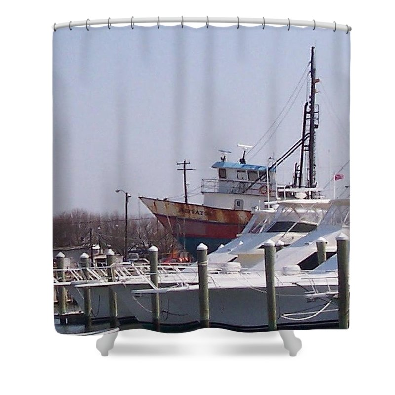 Boat Shower Curtain featuring the photograph Boats Docked by Pharris Art