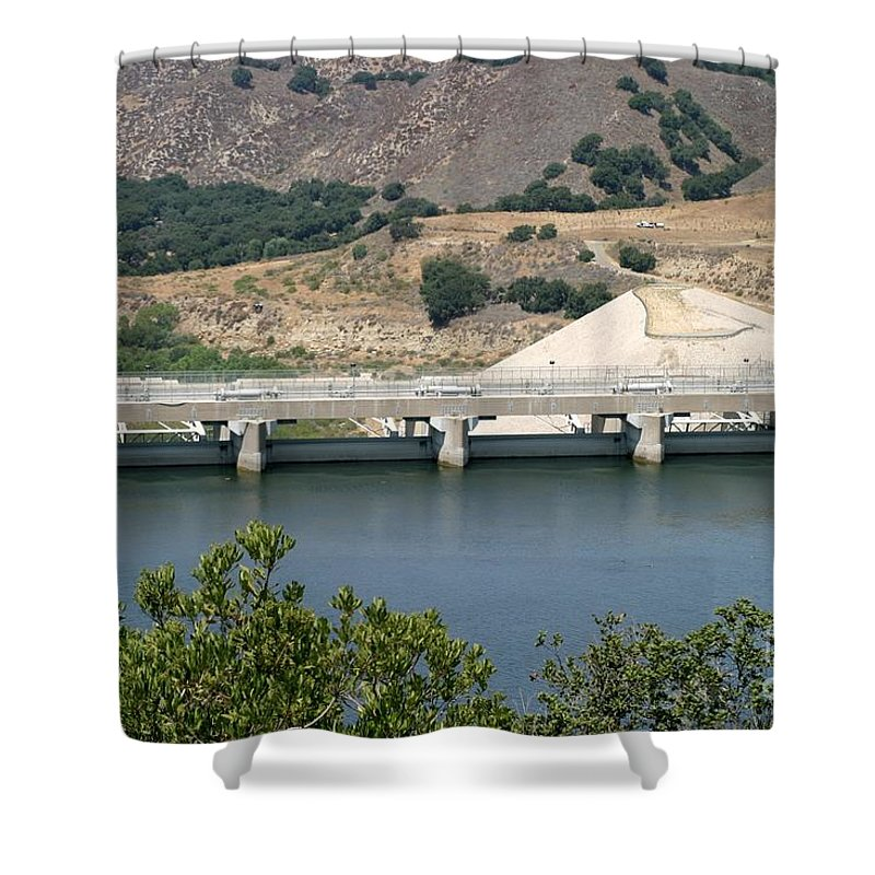Architecture Shower Curtain featuring the photograph Bradbruy Dam by Henrik Lehnerer