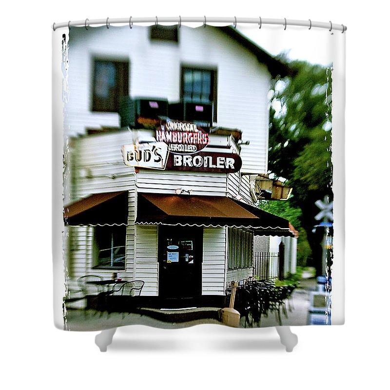 Restaurant Shower Curtain featuring the photograph Bud's Broiler - Frame by Scott Pellegrin