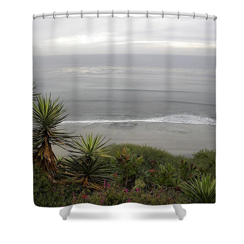 California Shower Curtain featuring the painting California Dreams by Sandra Ramsey