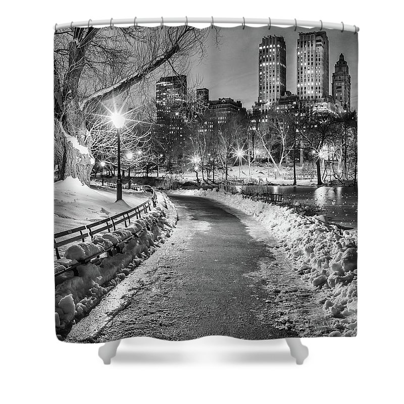 Snow Shower Curtain featuring the photograph Central Park Path Night Black & White by Michael Lee