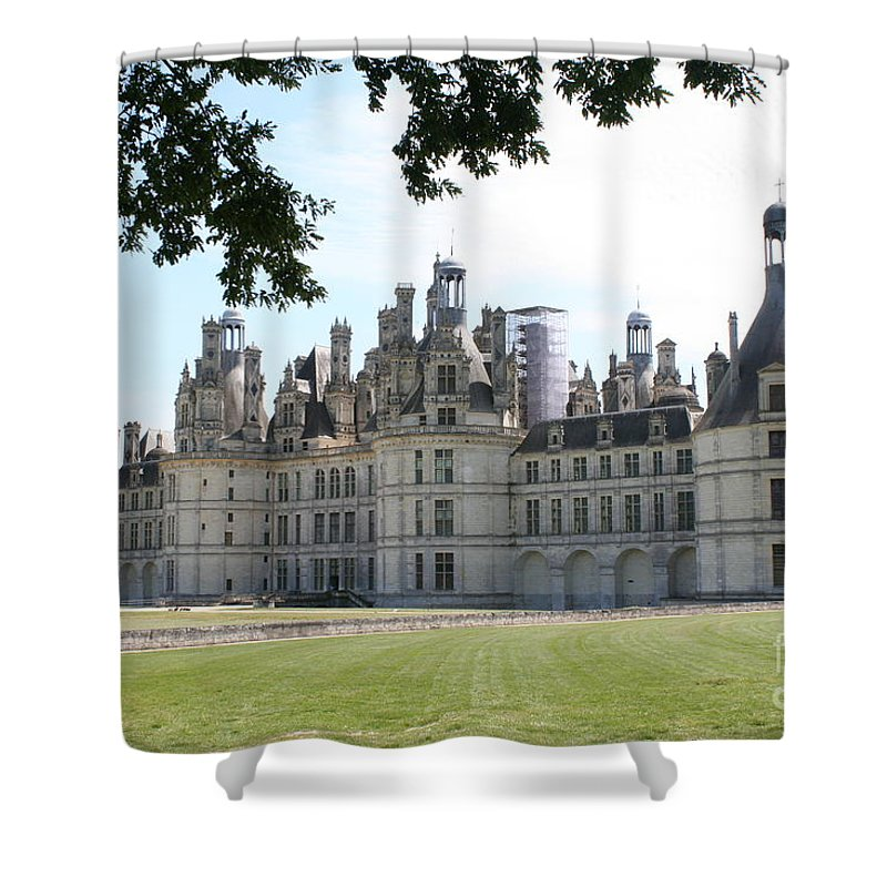 Palace Shower Curtain featuring the photograph Chateau Chambord - France by Christiane Schulze Art And Photography