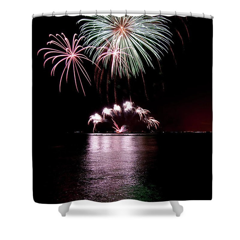 Lake Michigan Shower Curtain featuring the photograph Chicago Fireworks by 400tmax