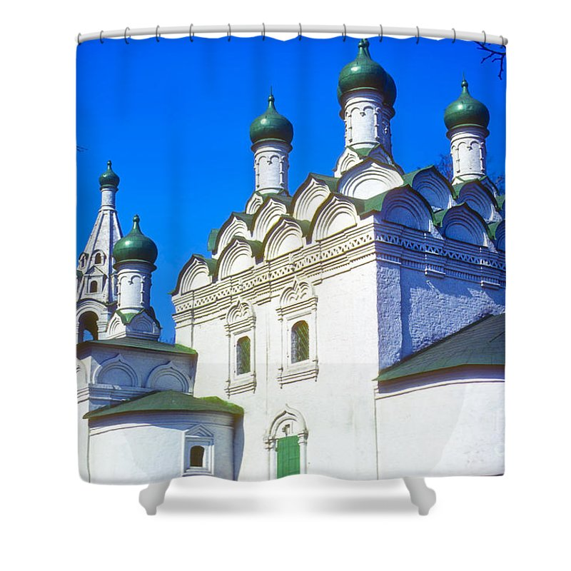 Church Of Simeon Stolpnik Moscow Russia Russian Orthodox Church Building Buildings Churches Structure Structures Architecture Onion Domes Dome Spite Spires Place Places Of Worship Shower Curtain featuring the photograph Church Of Simeon Stolpnik by Bob Phillips