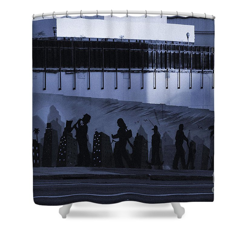 City Of Long Beach Shower Curtain featuring the photograph City Long Beach by Luv Photography