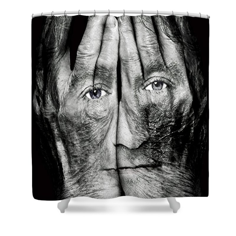 Robin Williams Comedian Photographs Shower Curtains