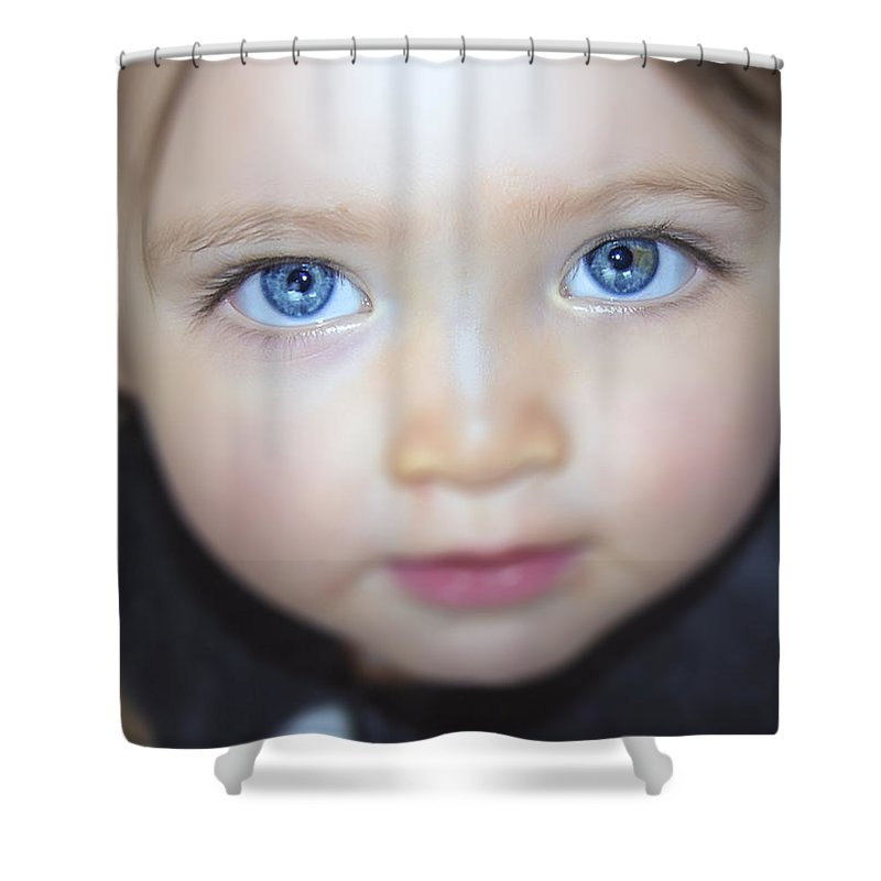 2d Shower Curtain featuring the photograph Dakota's Eyes by Brian Wallace