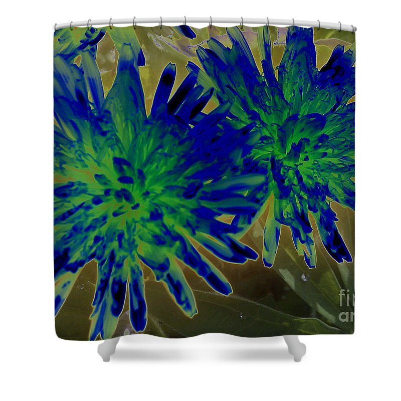 Dandelion Don't Tell No Lies Shower Curtain featuring the photograph Dandelion Don't Tell No Lies by Martin Howard