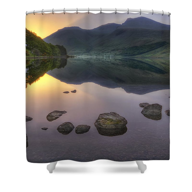 Wasdale Shower Curtain featuring the photograph Dawn Of A New Day by Evelina Kremsdorf