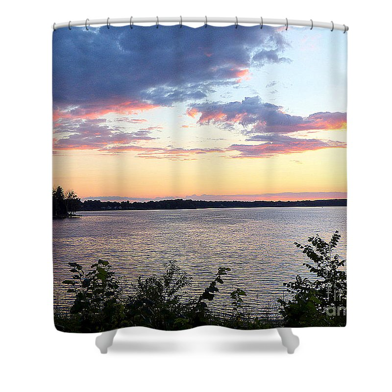 Landscape Shower Curtain featuring the photograph Days End by Rennae Christman