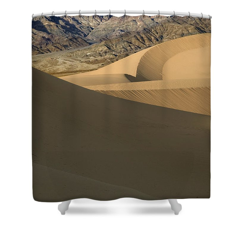 Death Valley Shower Curtain featuring the photograph Death Valley Mesquite Flat Sand Dunes Img 0086 by Greg Kluempers