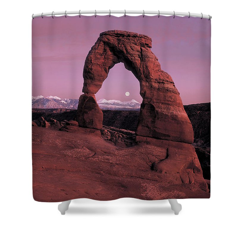 Delicate Arch Shower Curtain featuring the photograph Delicate Arch by Leland D Howard