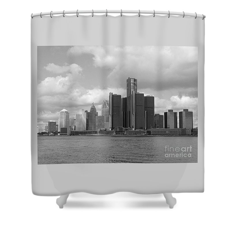 Detroit Shower Curtain featuring the photograph Detroit Skyscape by Ann Horn