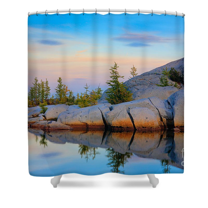 Alpine Lakes Wilderness Shower Curtain featuring the photograph Gnome Tarn Rocks by Inge Johnsson