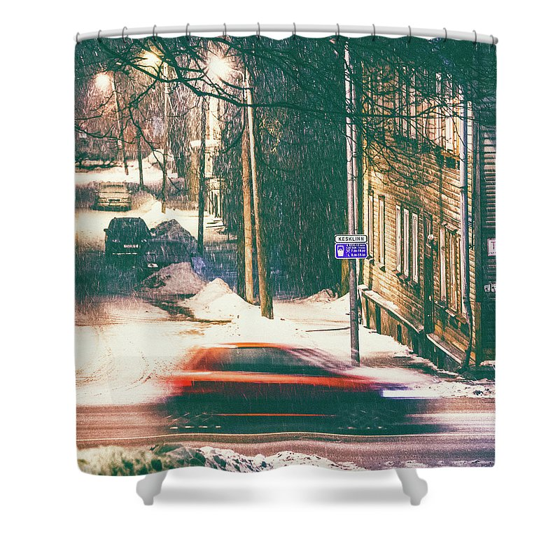 Curve Shower Curtain featuring the photograph Heavy Snowfall In Town by Peeterv