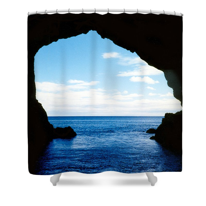 New Zealand Shower Curtain featuring the photograph Hole In The Rock Bay Of Islands Nz by Kurt Van Wagner