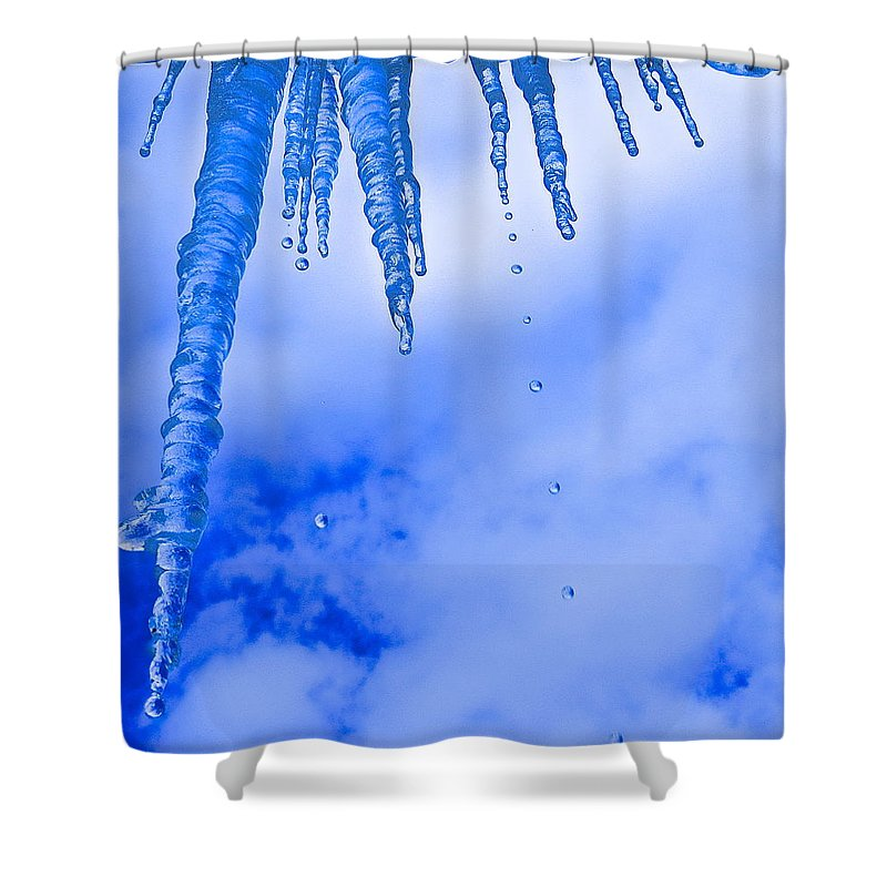 Ice Shower Curtain featuring the photograph Icicles Melting by Rita Mueller
