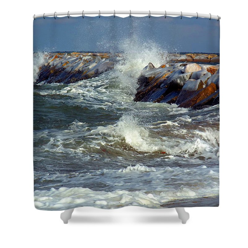 Jetty Shower Curtain featuring the photograph Icy Temperatures In Northeast by Dianne Cowen