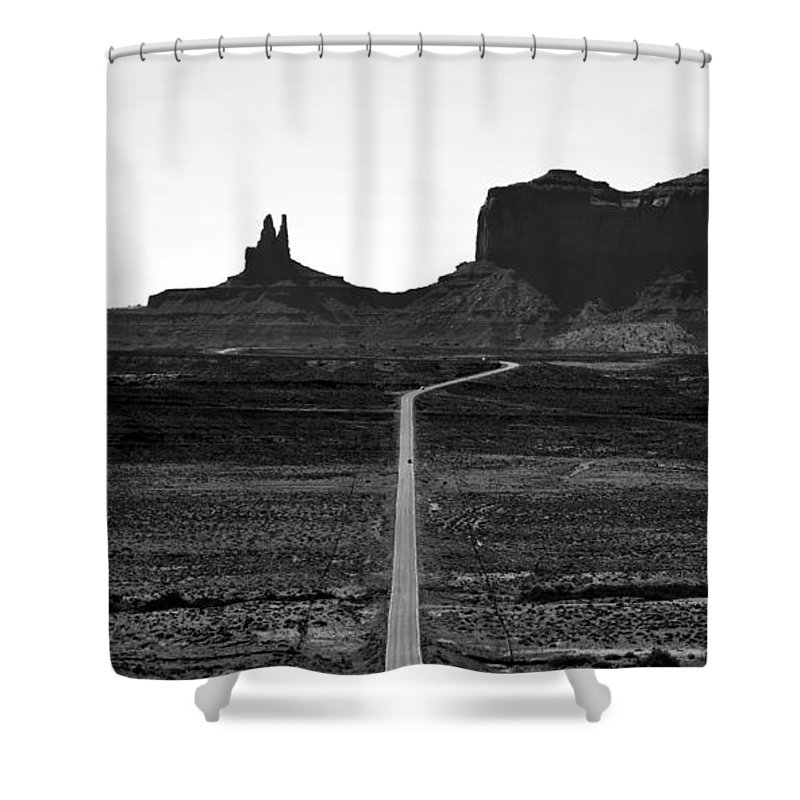 Monument Valley Arizona Shower Curtain featuring the photograph Into The Valley Of Monuments by David Lee Thompson