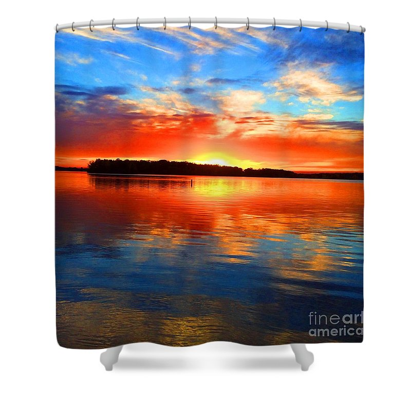 Landscape Shower Curtain featuring the photograph Kensington Sunset by J S