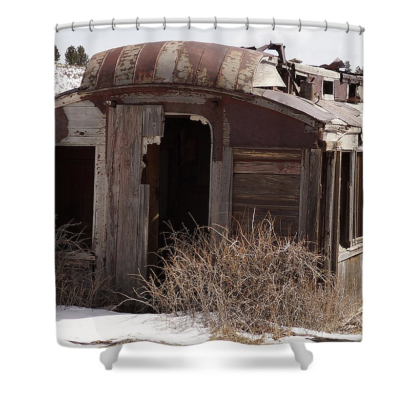 Railroad Car Shower Curtain featuring the photograph Left Behind by Ernie Echols