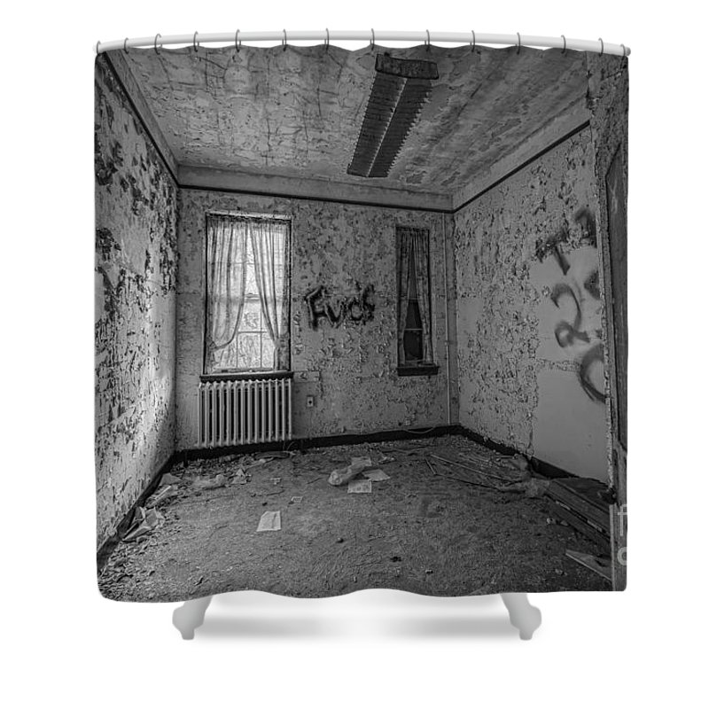 Urbex Shower Curtain featuring the photograph Letchworth Village Room Bw by Michael Ver Sprill