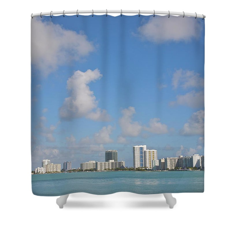 Residential District Shower Curtain featuring the photograph Line Of White Residential Towers Above by Barry Winiker