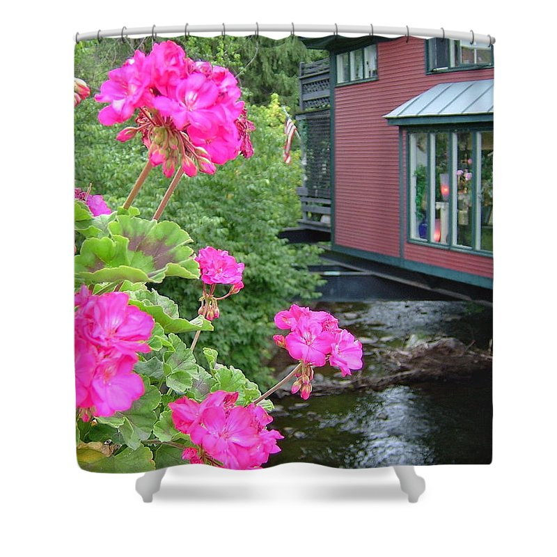 Bright Shower Curtain featuring the photograph Living Over The River by Susan Wyman