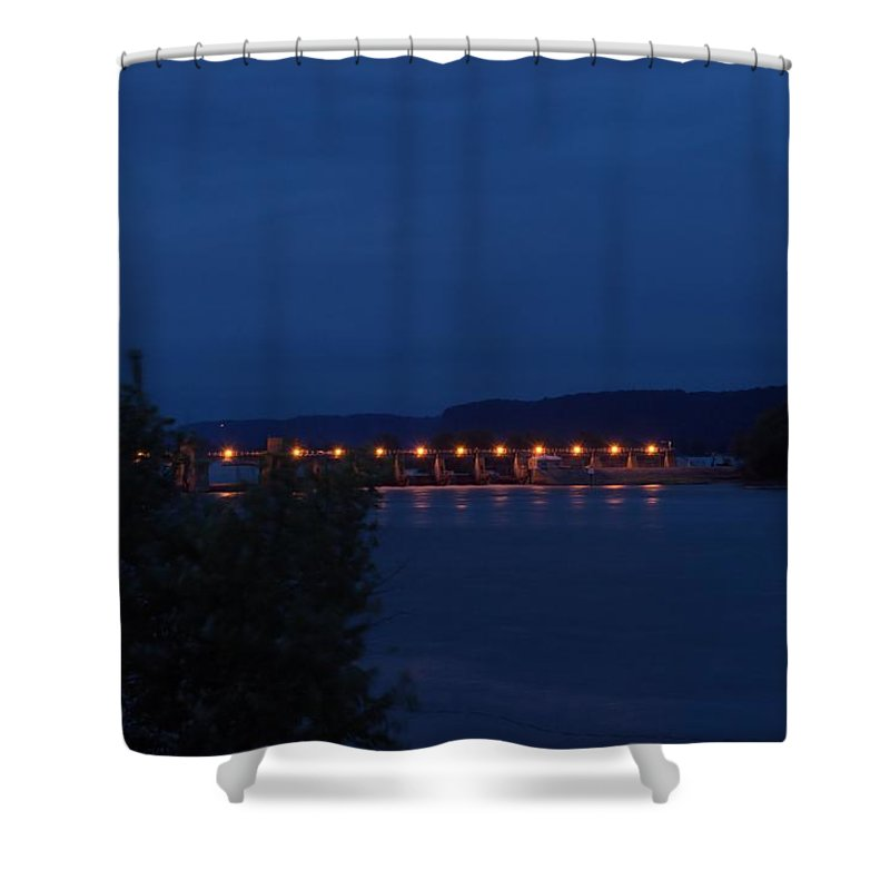 Mississippi Shower Curtain featuring the photograph Lock And Dam 10 by Bonfire Photography
