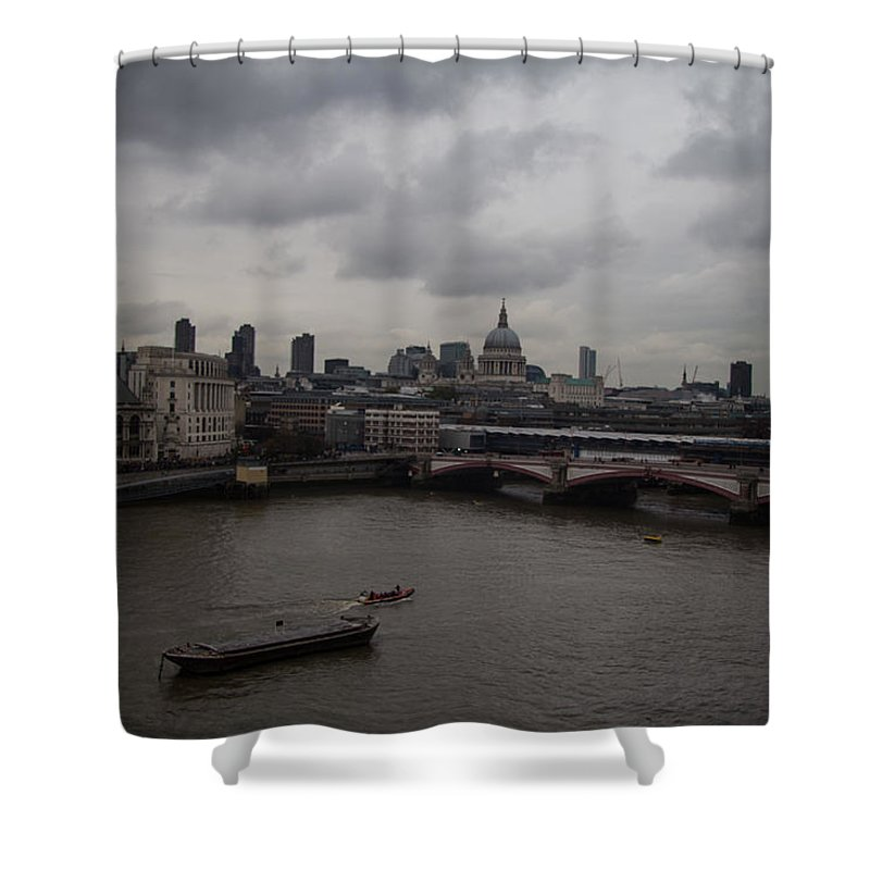 London Shower Curtain featuring the photograph London Landscape by Dawn OConnor