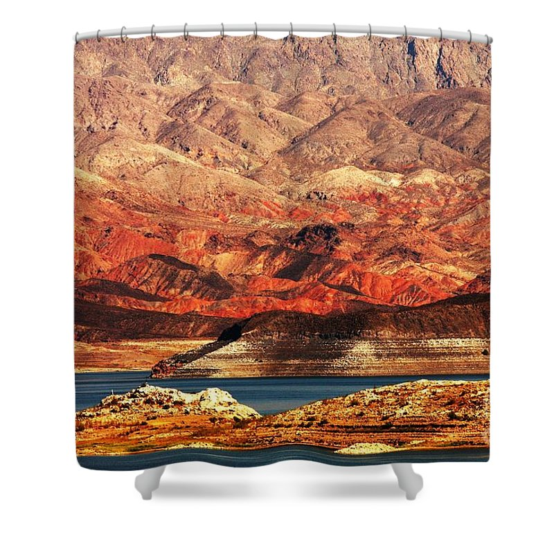 Lake Mead Shower Curtain featuring the photograph Magic Hour At Lake Mead by Ilan Meiri