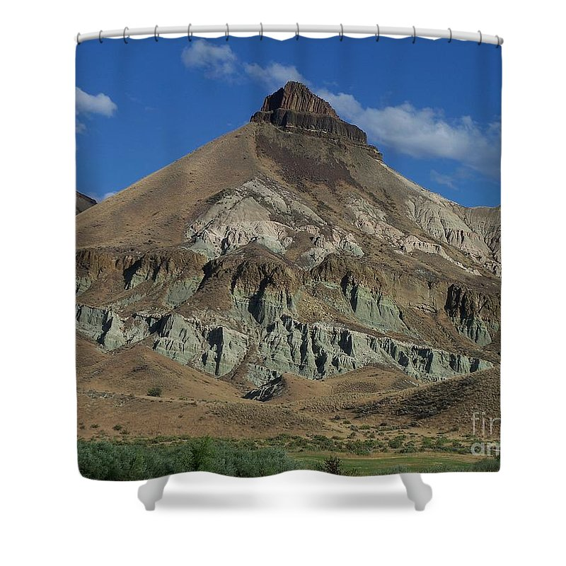 Majestic Rimrock Shower Curtain featuring the photograph Majestic Rimrock by Chalet Roome-Rigdon