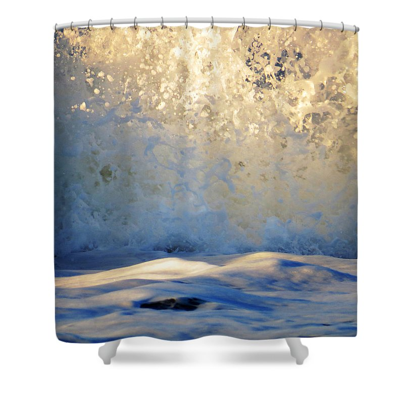 Seascape Shower Curtain featuring the photograph Making Waves by John Repoza
