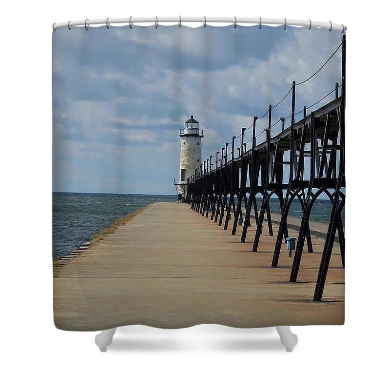 Lighthouse Shower Curtain featuring the photograph Manistee Lighthouse And Walkway by Susan Wyman