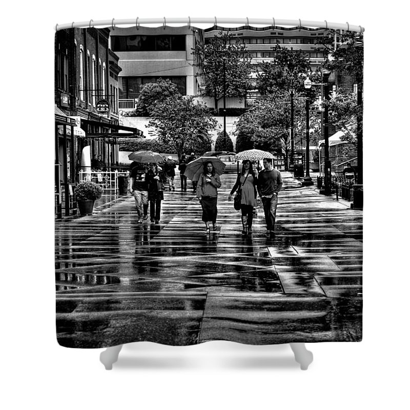 Tennessee Shower Curtain featuring the photograph Market Square In The Rain - Knoxville Tennessee by David Patterson