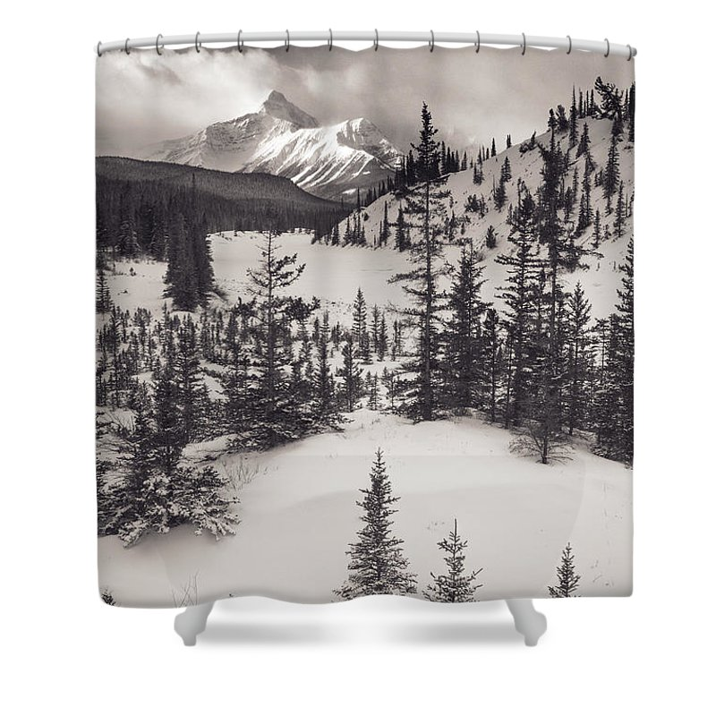 B & W Shower Curtain featuring the photograph Mountt Sarbach And The North by Darwin Wiggett