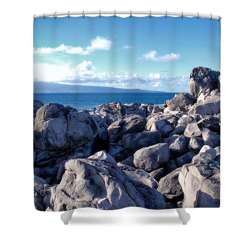 Hawaii Shower Curtain featuring the photograph Napili 113 by Dawn Eshelman