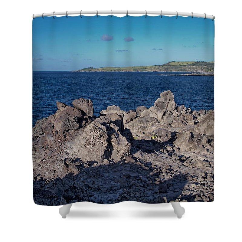 Hawaii Shower Curtain featuring the photograph Napili 130 by Dawn Eshelman